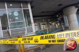 Halte TransJakarta Kampung Melayu sedang dibenahi setelah ledakan bom