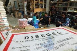 BPOM Segel Toko Penjual Produk Pangan Ilegal