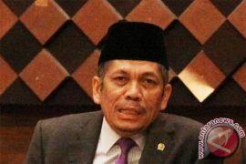 Wakil Ketua Komisi VIII DPR: usut Al Quran tanpa Al Maidah