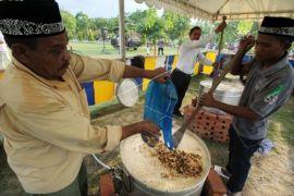 Kanji rumbi menu buka puasa di Masjid Islamic Centre Lhokseumawe