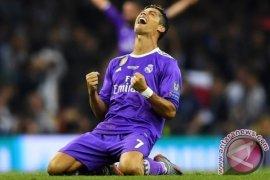 Cristiano Ronaldo Catat Sejarah Cetak Gol di Tiga Final Liga Champions