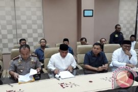 Pemkot Depok: Penyegelan Markas Ahmadiyah Sudah Sesuai Aturan (video)