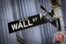 Wall Street berakhir turun di tengah sejumlah laporan ekonomi