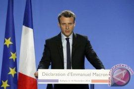 Emmanuel Macron  telepon Presiden Mesir bicarakan perang Suriah