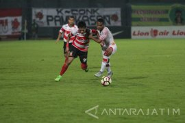 Taklukkan Persipura, Madura United Geser PSM Makassar dari Peringkat III