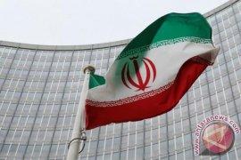"""Iran harapkan pembeli minyak """"potensial"""" di tengah sanksi AS"""