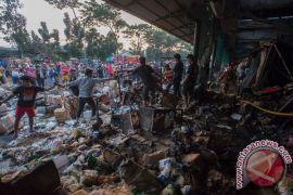 Lima ruko di Bekasi ludes terbakar