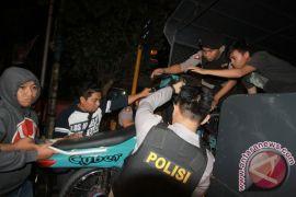 Polisi bubarkan balapan liar di Gorontalo