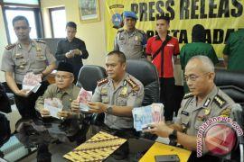 Tim Saber Pungli Polda Jatim tangkap 146 tersangka selama setahun