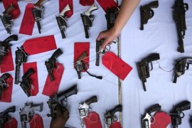 Polres Singkawang amankan pria perakit senjata api