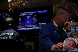 Wall Street tertekan data ekonomi suram AS
