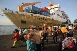 Puncak penumpang kapal libur Natal di Tanjung Perak diprediksi 27 desember