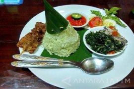Lezatnya Nasi Timbel Ladang Minyak Bojonegoro
