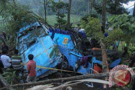 Bus masuk jurang di Purbalingga, empat tewas