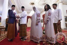 Anies-Sandi silaturahim dengan Presiden Jokowi