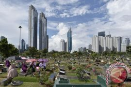 Pemprov DKI alokasikan Rp400 miliar untuk lahan makam