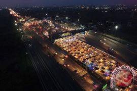 Lalu lintas tol libur Idul Adha mirip mudik Lebaran