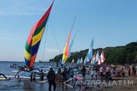Pengunjung Wisata Pasir Putih Situbondo Capai 378.000 orang