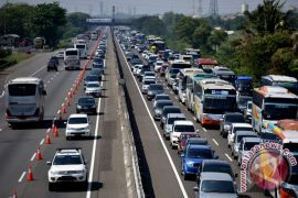 "Jasa Marga Jakarta-Cikampek berlakukan ""contraflow"" setiap hari"