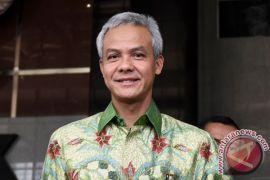 Ganjar Pranowo mengaku gemar koleksi batik