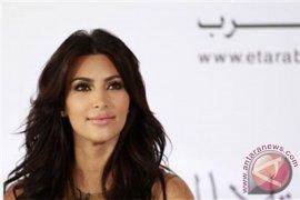 Gara-gara Taylor Swift, Kim Kardashian blokir emoji ular