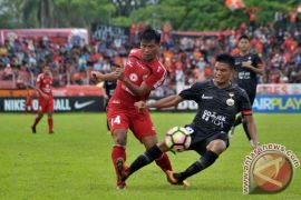 Orange TV dukung kemajuan bola Indonesia