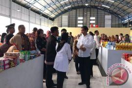 Presiden Jokowi Berkeliling di Pasar Maros Baru