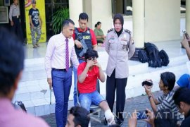 Polisi Lumpuhkan Begal Sadis di Surabaya