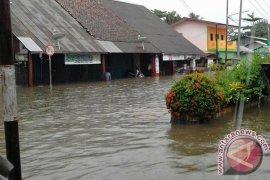 BPBD Sulit Data Korban Banjir Belitung Timur