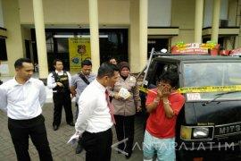 Polisi Gagalkan Penjualan Mobil Curian ke Madura