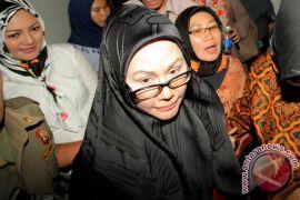 Ratu Atut divonis 5,5 tahun penjara dan denda Rp250 juta