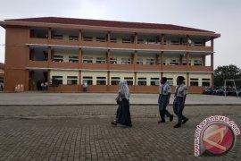legislatif minta pemkab bogor fokus bangun sekolah