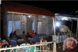 Gubernur Bali Menginap di Kediaman Penerima Bedah Rumah