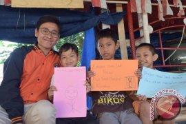 Mahasiswa FEM IPB Hadirkan Bank Sampah di Desa Sukawening