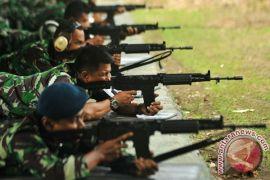 Pindad hadiahi Rp1,2 miliar penembak TNI AD juara di AASAM