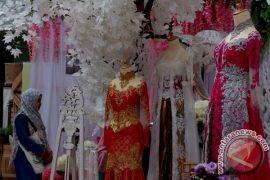 Ada festival pernikahan dan soto hari ini