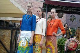 Puluhan model Rusia meriahkan Festival Indonesia di Moskow