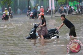 Sebanyak 9.788 warga Manado jadi korban bencana alam