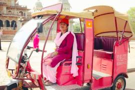 Taksi pink di India demi keselamatan perempuan pelancong