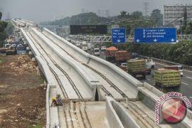 Luhut: pemerintah jamin KAI sebagai pemegang konsesi LRT Jabodetabek