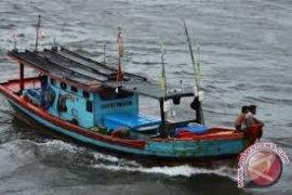 DKP Mukomuko beli sarana perikanan tangkap untuk nelayan