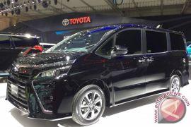 Gantikan NAV1, berapa target penjualan Toyota Voxy?