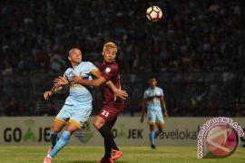 PSM inginkan Hamka Hamzah bertahan di Makassar