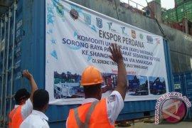 Papua Barat Ekspor 30 Teus Kayu Merbau ke China