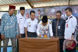 Syaharie Jaang  Canangkan  Kampung KB di Palaran