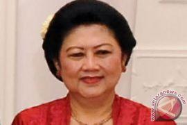 Ibu Ani Yudhoyono raih berbagai penghargaan semasa hidup