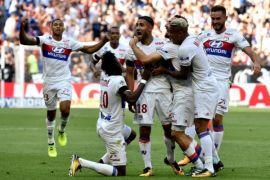 Lyon menang untuk menaiki peringkat kedua Liga Prancis