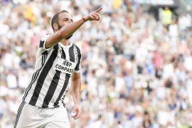 Higuain sandarkan harapan kepada AC Milan