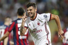 AC Milan perbaiki posisi klasemen usai gunduli Spal 4-0
