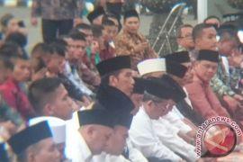 Gubernur Kalbar serahkan sapi kurban dari Presiden Jokowi